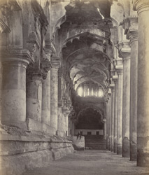 Madura Palace. View of the side aisle